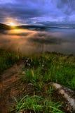 Broga Hügel - Sonnenaufgang lizenzfreie stockfotos