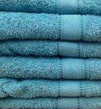 Brogujący błękitny ręcznik, zamyka w górę widoku Zdjęcie Stock