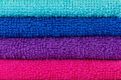 Brogujący kolorowi ręczniki Fotografia Royalty Free