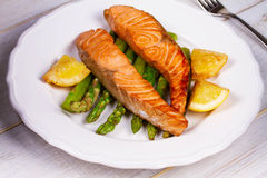 Broiled Salmon and Asparagus. royalty free stock photos