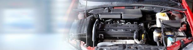 broken bilmotor Arkivbild