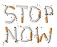 broken cigaretter Arkivfoto