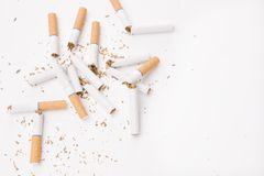 Broken cigarettes Royalty Free Stock Photos