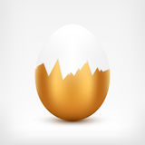 Broken Golden Egg Royalty Free Stock Images