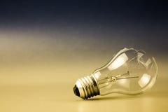 Broken light bulb Royalty Free Stock Photos