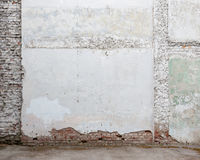 Broken old white plaster brick wall Royalty Free Stock Images