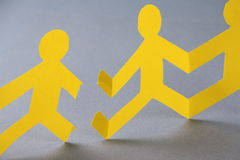 Broken Paper People Chain Royalty Free Stock Photos