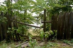 broken staket Arkivfoton