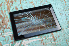 broken tablet Arkivfoton