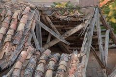 broken tak Fotografering för Bildbyråer