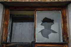 Free Broken Window Glass. Rotten Frames. Abandoned Building Stock Photos - 106160673