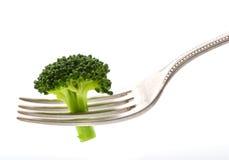 Brokkoli auf Gabel Lizenzfreie Stockbilder