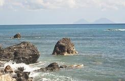 Brolo strand, Messina, Sicily Arkivbilder