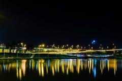 bromacau natt fotografering för bildbyråer