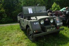 BROMLEY, LONDON/UK - 7 DE JUNHO: REPRESENTAÇÃO HISTÓRICA de BROMLEY de VIAJAR DE AUTOMÓVEL A feira automóvel clássica de um dia a fotos de stock