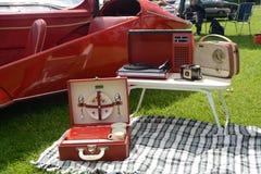BROMLEY, LONDON/UK - 7 DE JUNIO: DESFILE de BROMLEY de VIAJAR EN AUTOMÓVILI ¡La demostración de coche clásica de un día más grand Imágenes de archivo libres de regalías