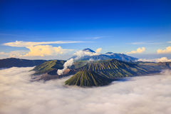 Bromo vocalno på soluppgång, East Java, Indonesien royaltyfri foto