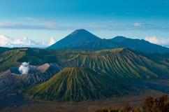 Bromo vulkan på soluppgången, Java, Indonesien royaltyfri foto