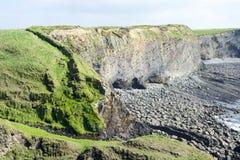 Bromore-Klippen in doon Grafschaft Kerry Lizenzfreie Stockbilder