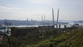 Bron över det guld- hornet vladivostok Royaltyfria Foton