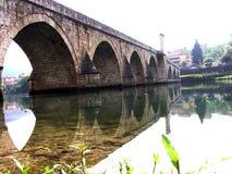 Bron över floden Drina i Visegrad royaltyfri foto