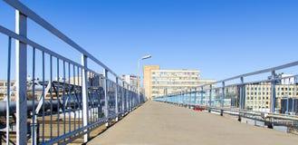 Bron över järnvägen Royaltyfria Bilder