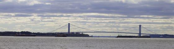 bron begränsar panoramaverrazano Royaltyfri Fotografi
