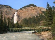 bron faller takakkaw Arkivfoton
