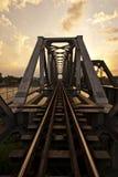 bronakornchaisri över den järnväg floden royaltyfria bilder