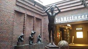 Bronce del museo de la ciudad de Bremen Statur imagen de archivo