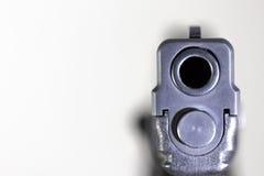 Bronie, krócica, pistolet, ręka pistolet, obrona Zdjęcie Royalty Free
