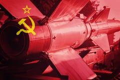 Bronie masowego zniszczenia Sowieci - zrzeszeniowy ICBM pocisk Wojna plecy obrazy royalty free