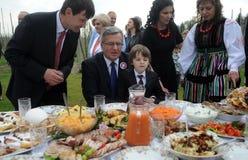 Bronislaw Komorowski presidentkampanj royaltyfria bilder