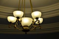 Brons 5 de mening van de lampkroonluchter van kant Royalty-vrije Stock Fotografie