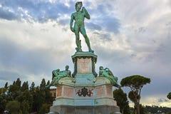 Brons gegoten standbeeld van David in Michelangelo Square (Piazzale Mic Stock Afbeeldingen