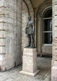 Brons statyn Eotvos Lurand, Budapest, Ungern royaltyfri bild