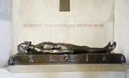 Brons statyn som föreställer passionen av den KristusCertosa BOLOGNAEN arkivfoto
