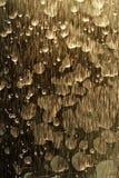Brons strimmigt bevattnar mönstrar bakgrund Royaltyfria Bilder