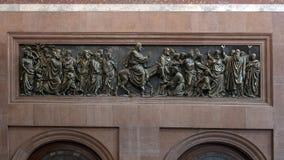Bronshulp Jesus op Ezel en discipelen, binnenlandse Esztergom-Basiliek, Esztergom, Hongarije royalty-vrije stock afbeeldingen