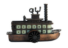 Bronsminiatyr av den gamla ångbåten Royaltyfri Bild