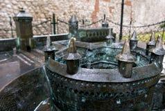Bronsmodel van de Barbacane buiten Stare Miasto in Krakau Stock Foto's