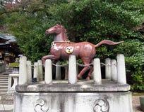 Bronspaard, het Heiligdom van Himure Hachiman, OMI-Hachiman, Japan Stock Foto's