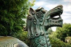 Bronssköldpaddastaty på Hamilton Gardens NZ Royaltyfri Fotografi