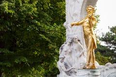 Bronsstandbeeld Johann Strauss in Stadtpark, Wenen Royalty-vrije Stock Afbeelding