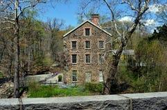 Bronx, NY: Alte Steinmühle 1840 Stockbild