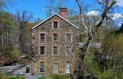 Bronx, NY: Alte Steinmühle 1840 stockbilder