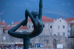 Bronze statue of a ballerina, mogren beach. Budva, montenegro Stock Photography