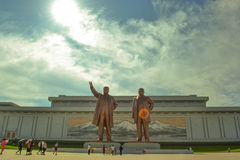 Bronze statue of Kim Il Sung and Kim Jong Il in Mansudae, Pyongyang, North Korea. Photographed in Pyongyang, North Korea Royalty Free Stock Photos