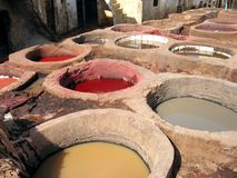 Bronzear-se de couro no fez, Marrocos Foto de Stock