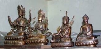 Bronzeidole am Norbulingka Institute, Dharamshala Stockbild